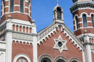 Die Große Synagoge in Plzeň. Sie überstand die Nazizeit nahezu unbeschädigt, genützt als Abstellraum. Foto: Maximilian H. Tonsern