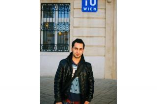 Saheib flüchtete aus Aleppo, wurde an der Montanuni Leoben zugelassen und studiert, nachdem er viele bürokratische Hürden überwunden hat, Bauingenieurwesen an der TU Wien. Foto: Chris Belous