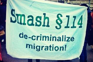"""Demonstration in Solidarität mit den Angeklagten im sogenannten """"Schlepperei""""-Prozess am 18.3.2014. Foto: Mahriah"""