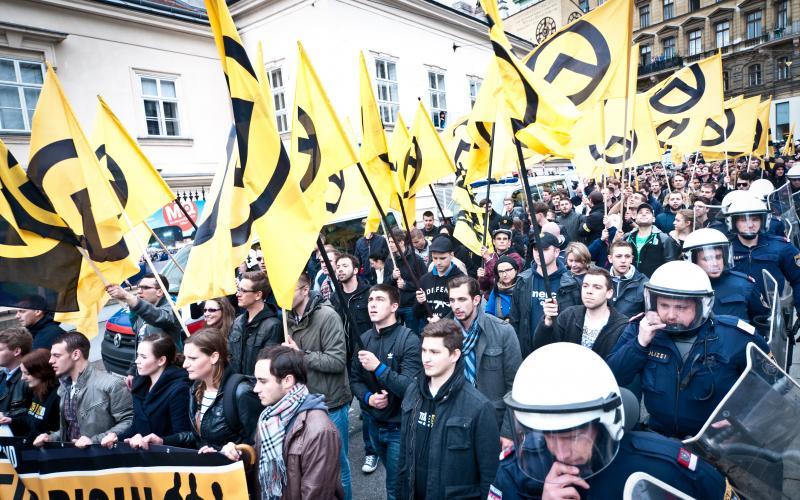 Am 17.5.2014 marschierten etwa 100 Identitäre durch die Wiener Innenstadt. Foto: Christopher Glanzl